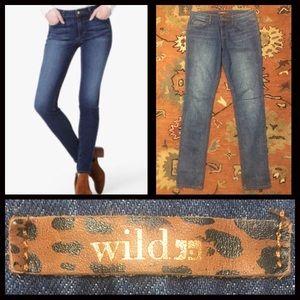 $189 Like NEW Joe's Jeans Wild 'The Skinny' Jeans